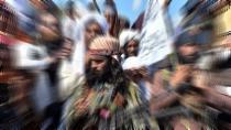 Taliban Afganistan'ın ana Tacikistan sınır kapısını ele geçirdi